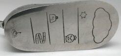 ASHE-105 (1) W 4.3cm L 5.5cm H 10.1cm.
